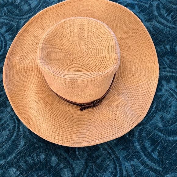 a3731c4c0 NINE WEST PACKABLE HAT